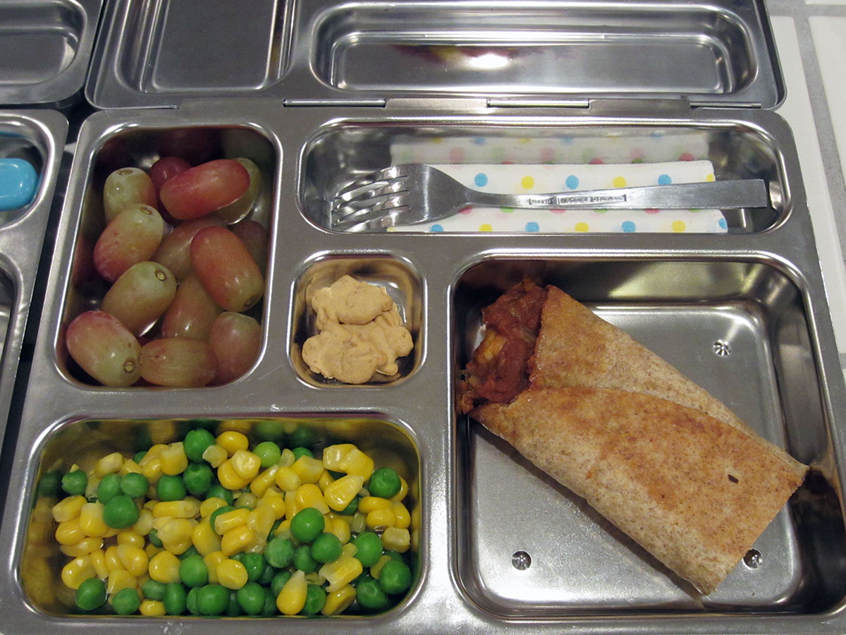 lunch on 29 November 2012: tofu and bean burrito with peas and corn