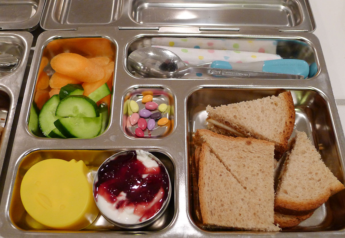 lunch on 28 January 2013: sunflower seed butter and apple sandwich with cherry Greek yogurt
