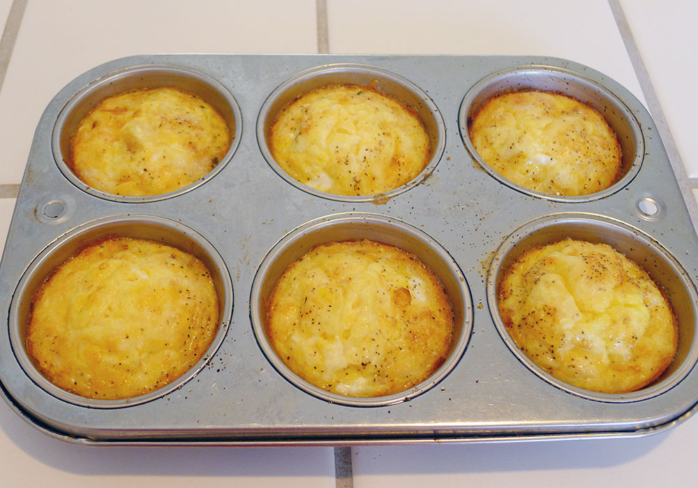 finished Spanish tortilla muffins: golden on top
