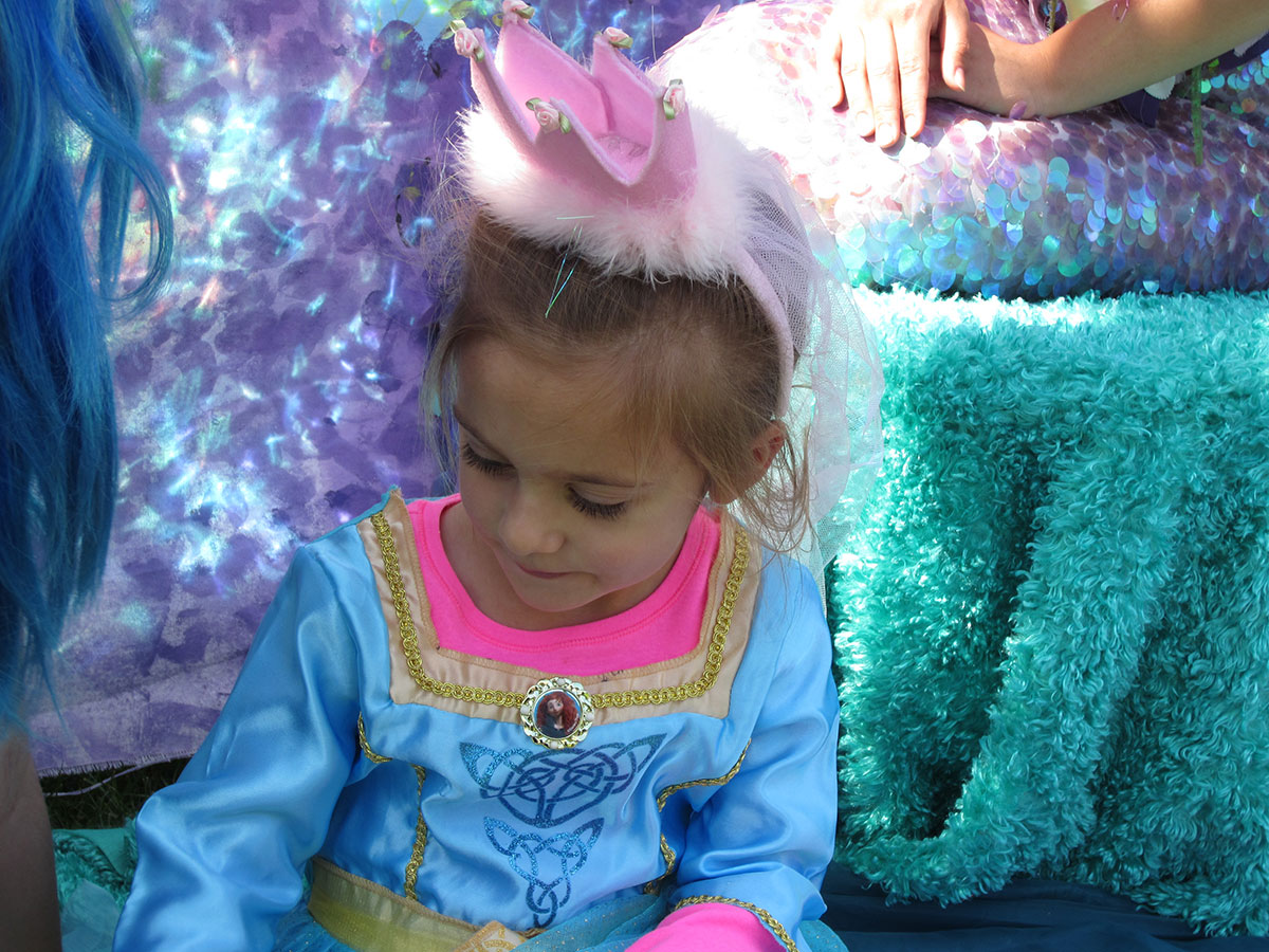 Princess Day at Santa Barbara Zoo: Liliana with the mermaids